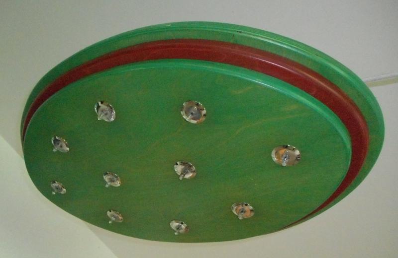 Eine Lampe aus Multiplexplatten